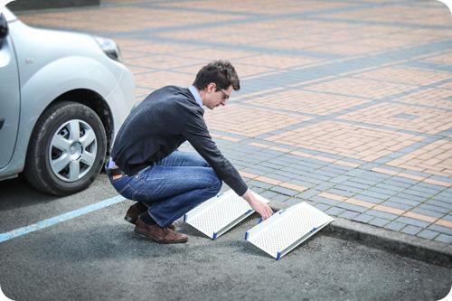 D couvrez notre nouvelle gamme de rampes d 39 acc s pour for Rampe dacces voiture