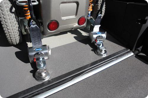L'arrimage du passager en fauteuil roulant est intuitif