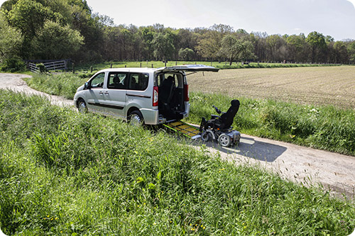 Le Peugeot Expert Family, nouveau véhicule handicap pour les familles