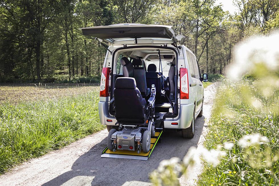 Retrouvez Confort Et Convivialité Avec Le Peugeot Expert Family