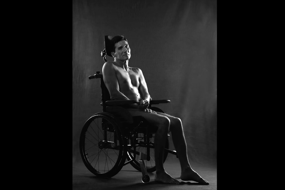Rodolphe pose pour illustrer la campagne de la sécurité routière