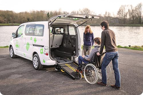 Nissan e-NV200 PremiumAccess : enfin une voiture accessible et électrique !