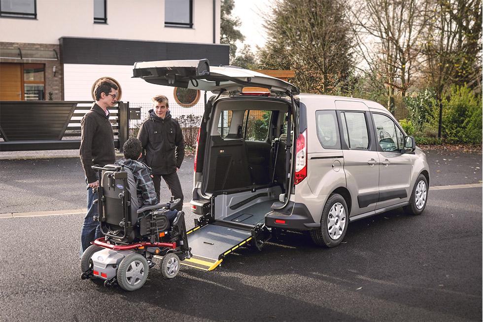 Ford Tourneo Connect HappyAccess, Une Nouvelle Voiture Accessible Au Design Travaillé !