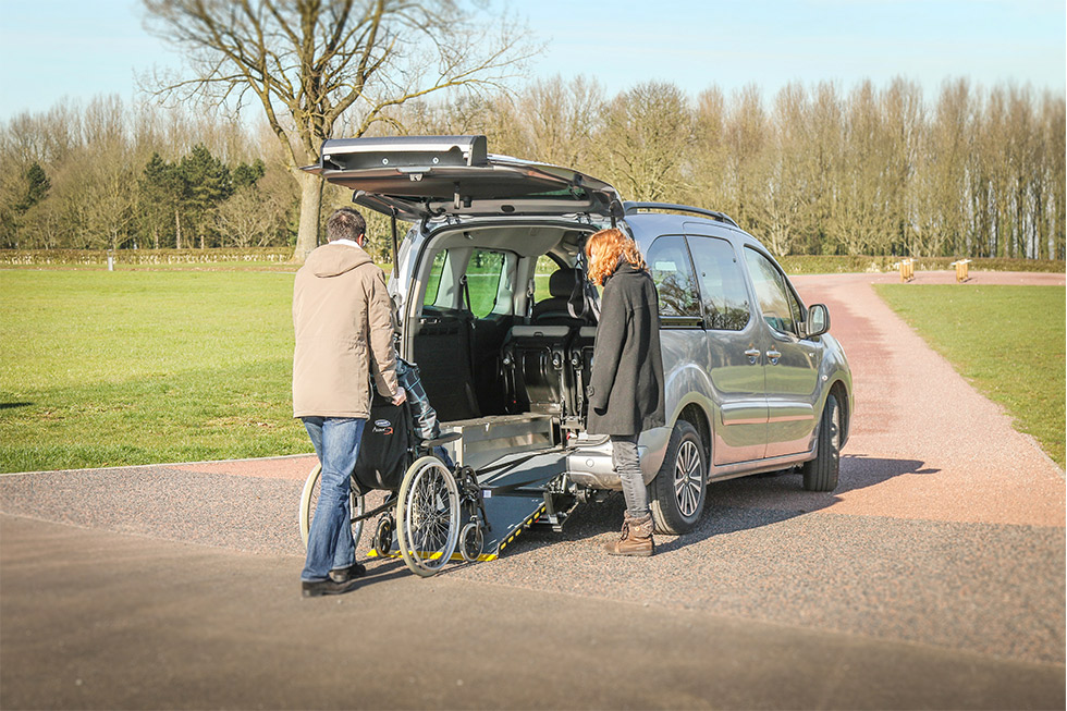 Découvrez En Photos Et Vidéos Le Peugeot Partner HappyAccess