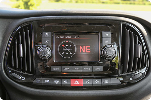 L'interface tactile du Fiat Doblo XL Ecoline