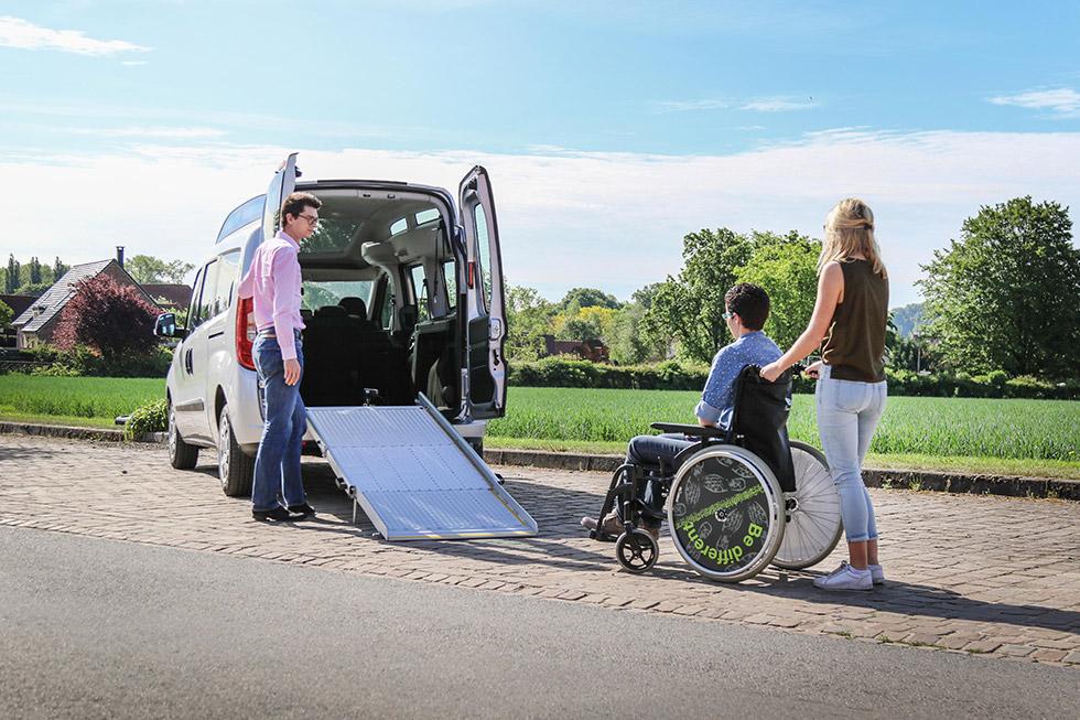 Un Nouveau Fiat Doblo Ecoline Accessible Et Bon Marché !