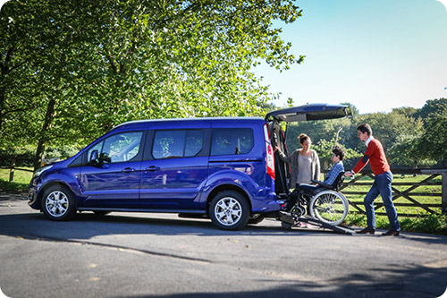 Venez découvrir le Ford Grand Tourneo Connect XL Triflex sur le salon Handica Lyon