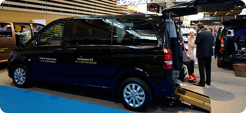 Le Mercedes Vito Tourer PremiumAccess sur le salon Handica