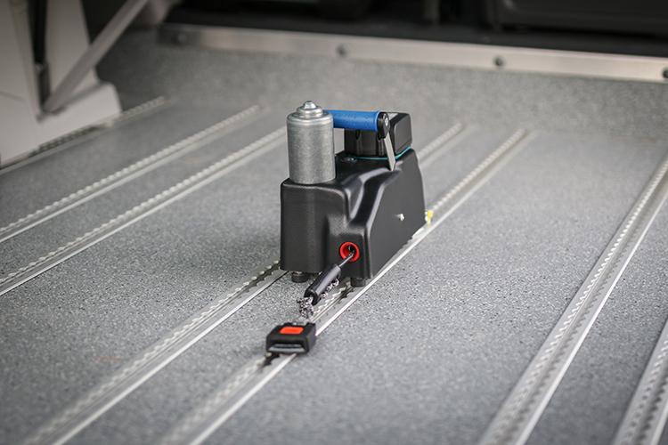 Un treuil amovible pour minibus TPMR