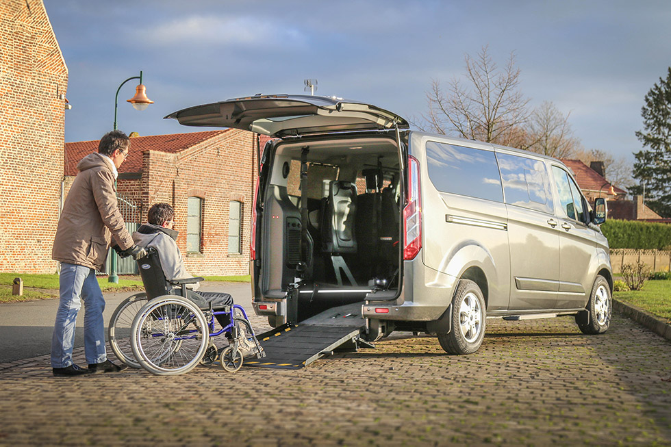Ford Tourneo Custom Twin accessible