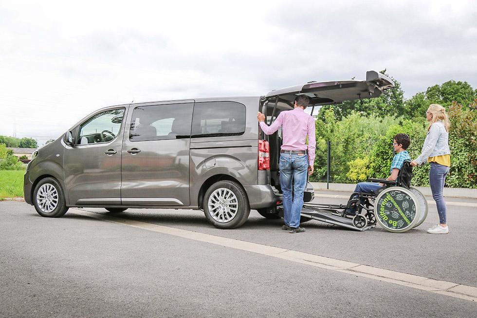 Peugeot Traveller aménagé handicap XL SimplyAccess