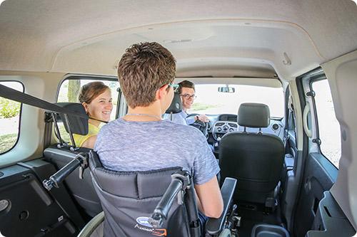 Chez Handynamic, testez votre voiture aménagée handicap pendant plusieurs mois avant de l'acheter !