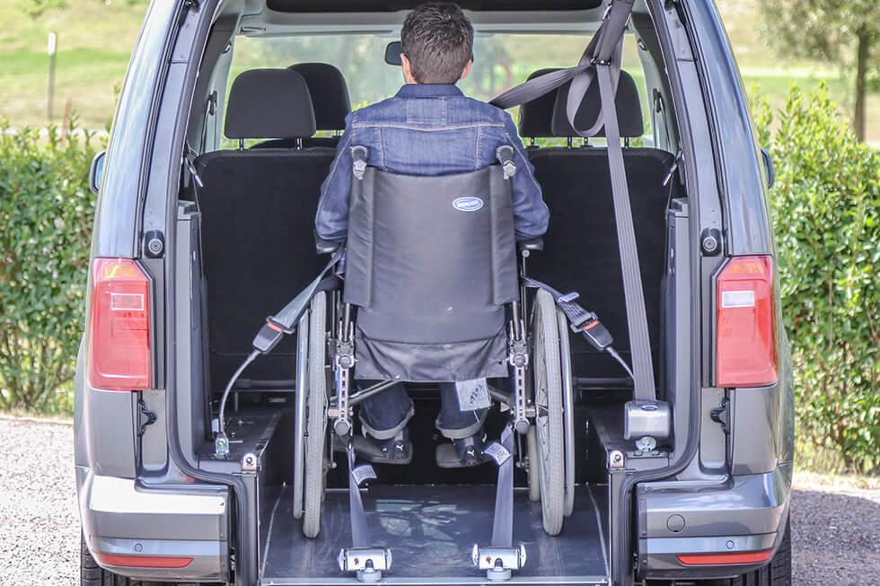 Ne Croisez Pas Les Sangles D'arrimage Dans Vos Voitures Et Minibus Accessibles !