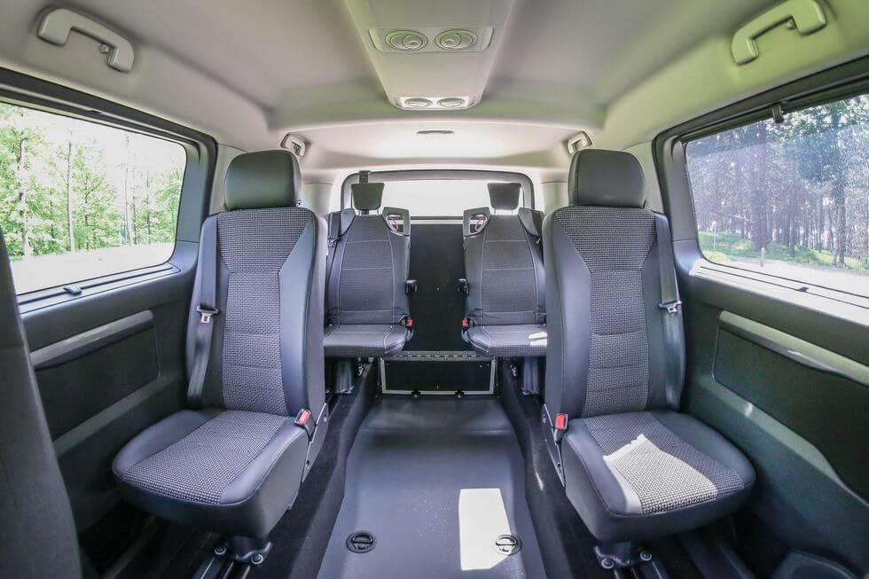 Très pratiques pour emmener les copains, les sièges arrière Triflex se déploient sans effort en quelques secondes