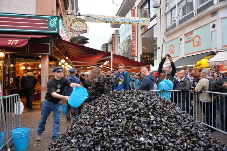 Un tas de moules sur la Braderie de Lille 2018