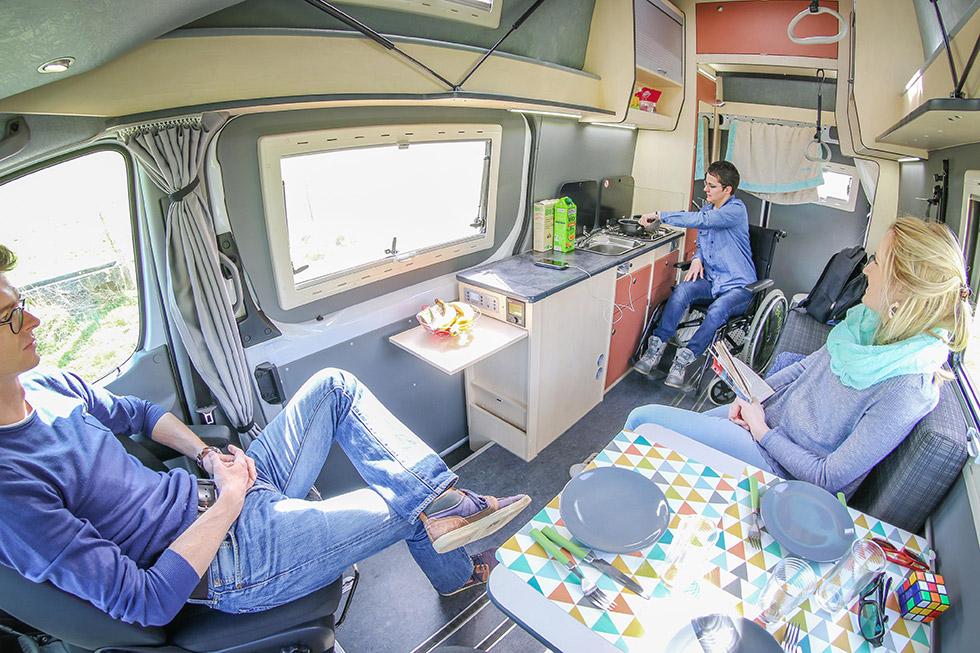 Les camping-cars accessibles offrent des séjours en totale autonomie !