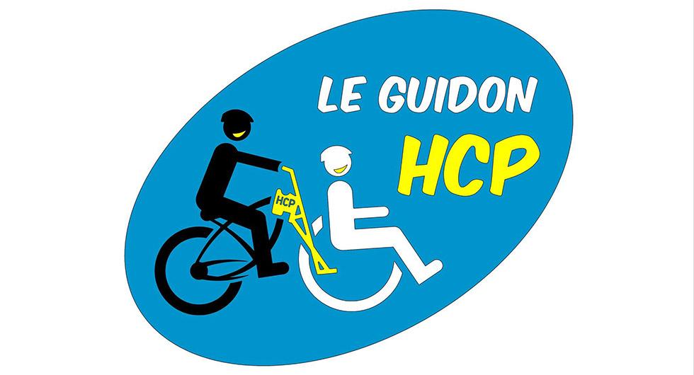 Le Guidon HCP Permet De Pousser Un Fauteuil Roulant Avec Un Vélo