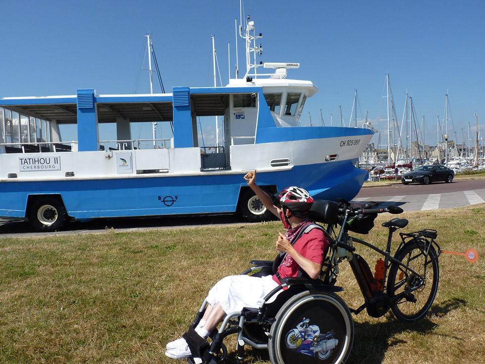 Le guidon HCP permet de transformer un vélo pour transporter un fauteuil roulant