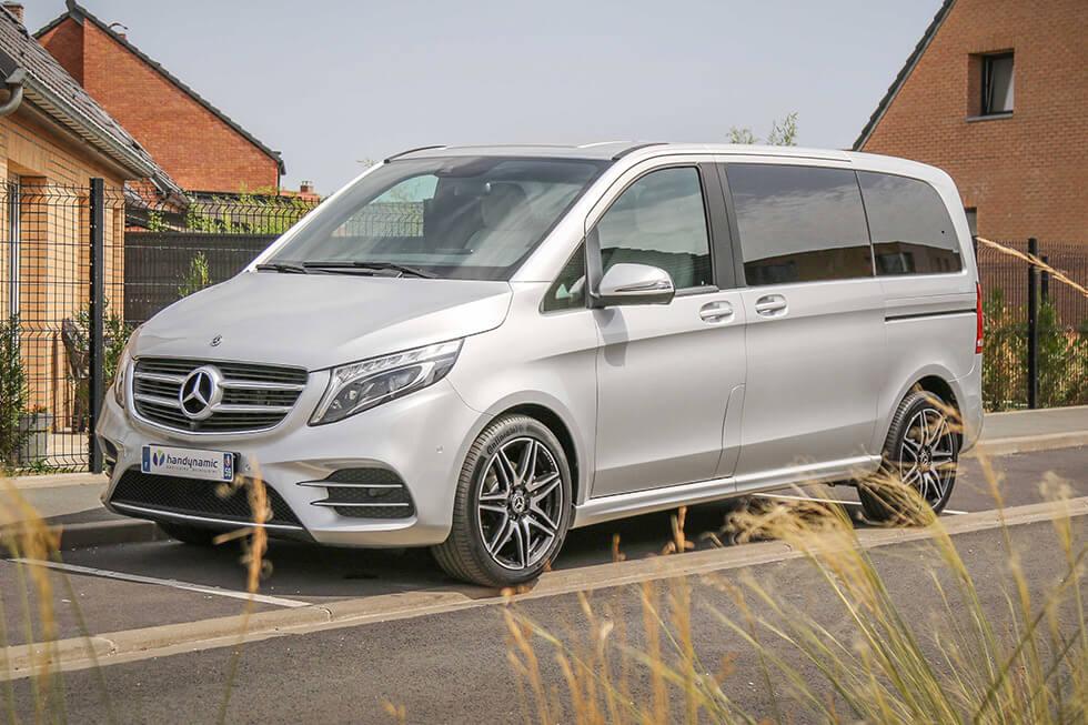 Avec son design racé, ce monospace Mercedes ne manque pas de classe !