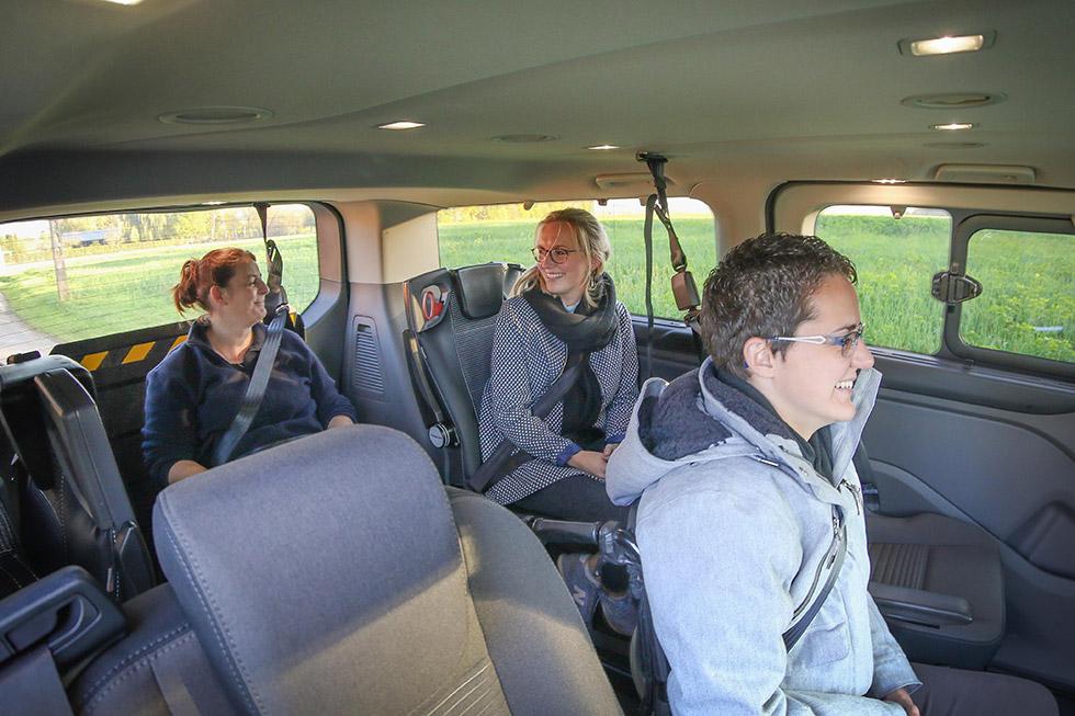 Le Ford Tourneo Custom Twin offre des voyages conviviaux en famille