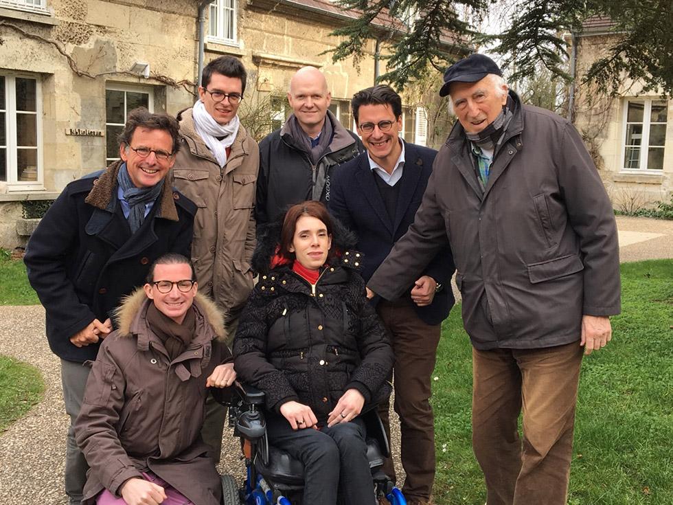 Jean Vanier et l'équipe Handynamic en 2016