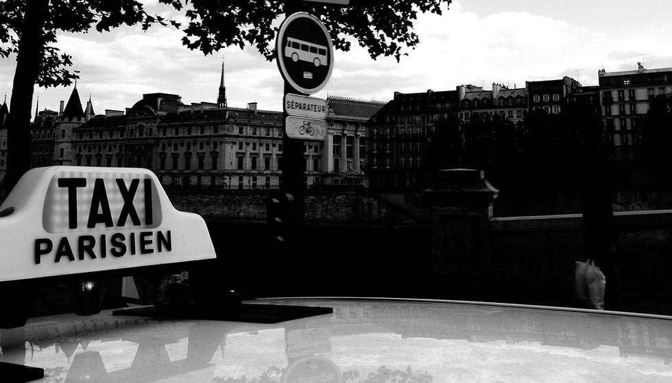 Certaines compagnies de taxis disposent d'une flotte de voitures adaptées TPMR