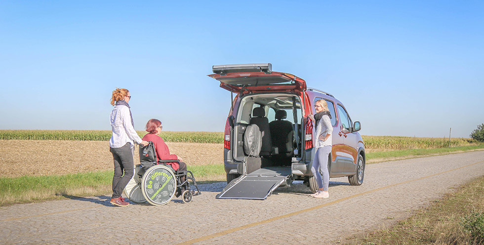 Le Peugeot Rifter Xtra HappyAccess, La Modernité Automobile Accessible !