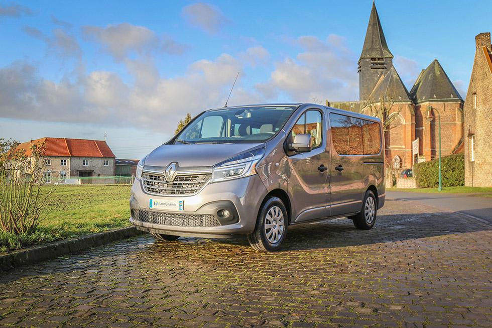 Le Renault Trafic L1H1 HappyAccess présente un design et des équipements modernes