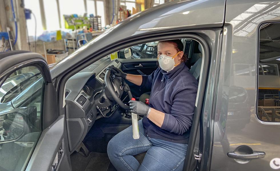 Les véhicules aménagés Handynamic sont nettoyés scrupuleusement avec des produits désinfectants