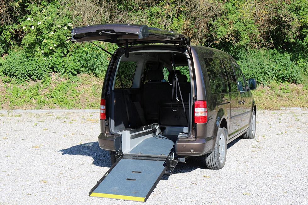 Handynamic propose également des voitures aménagées d'occasion
