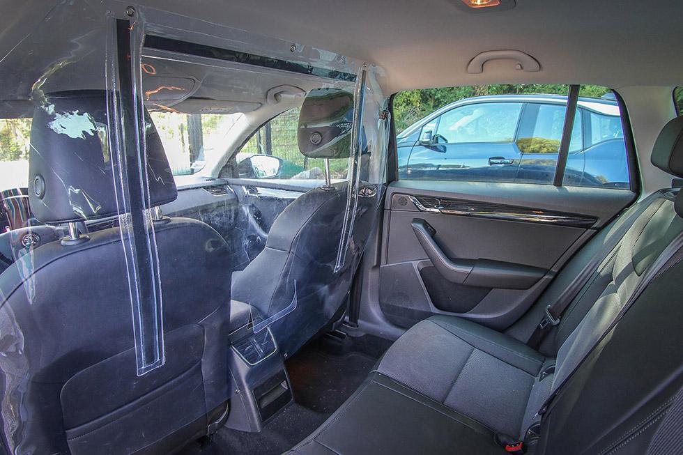 La séparation PVC pour voiture permet de lutter contre la propagation des virus