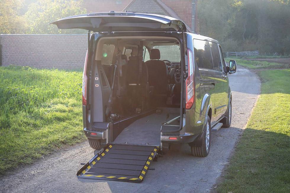 Ford Tourneo Custom handicap Twin prêt à rouler !