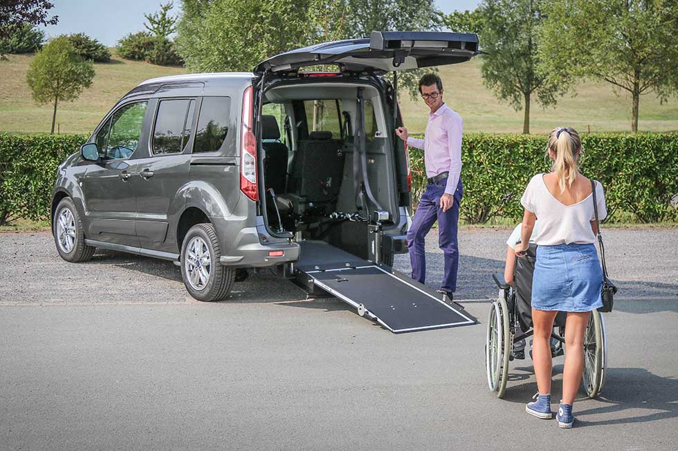 Test du Ford Tourneo Connect Xtra SimplyAccess aménagé handicap