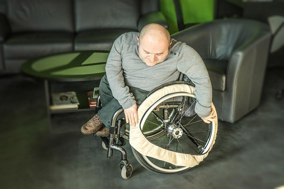 chaussette_protection_roue_fauteuil_roulant_05_retouche