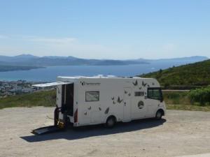 camping_car_handicap_elevateur_v2_sud_15